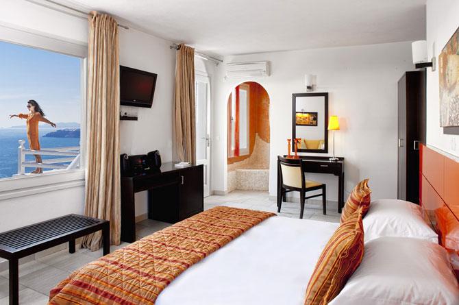 Boutique hotel chic la Santorini - Poza 6