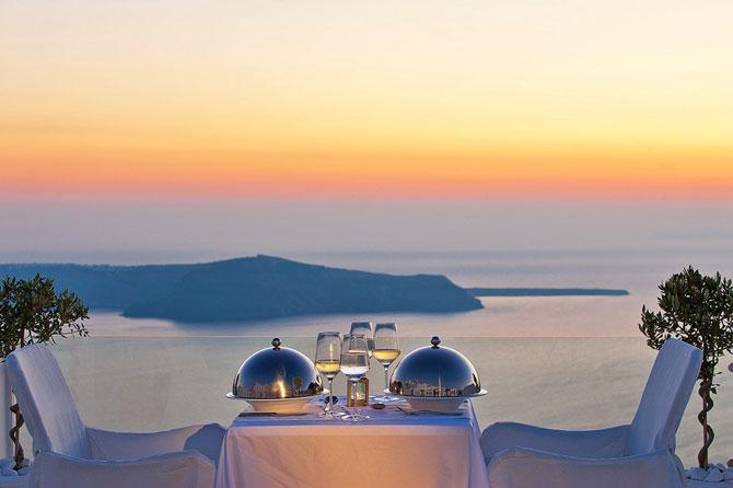 Boutique hotel chic la Santorini - Poza 14