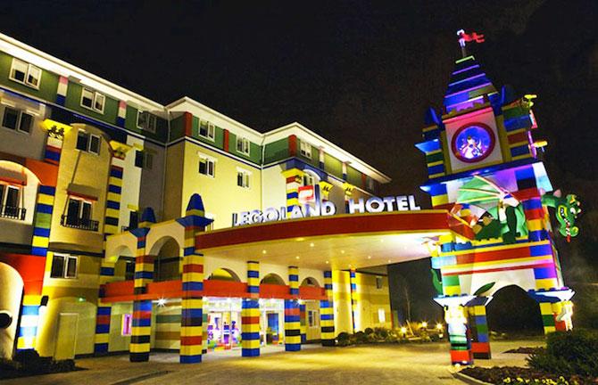 Hotelul din LEGO - Poza 1