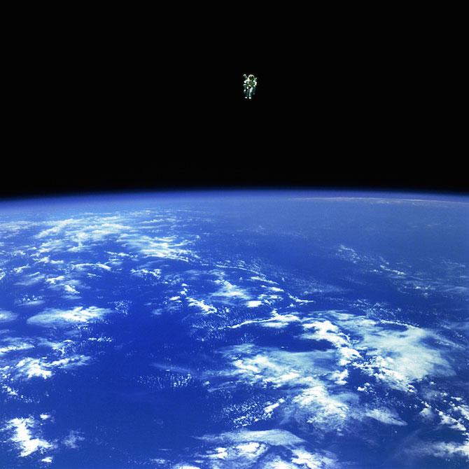 Spatiul cosmic, fotografiat de astronautii NASA - Poza 1