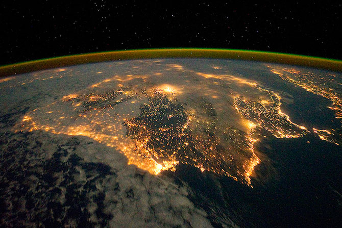 Spatiul cosmic, fotografiat de astronautii NASA - Poza 10