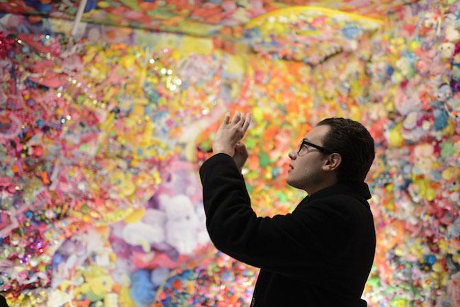 Camera multicolora, de Sebastian Masuda - Poza 4