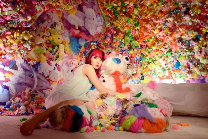 Camera multicolora, de Sebastian Masuda - Poza 6