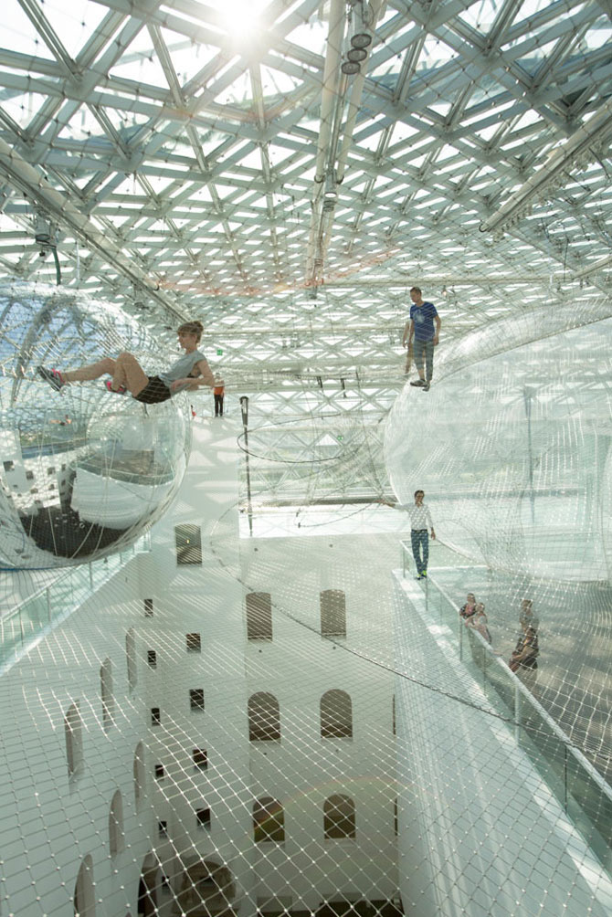 Panza de paianjen pentru oameni, la Dusseldorf - Poza 4