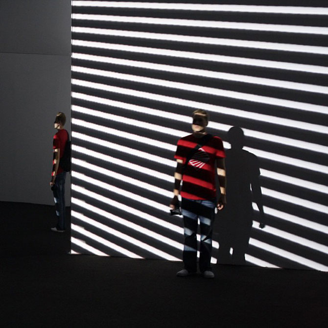 Lumina si culoare in instalatii de la Luftwerk - Poza 4