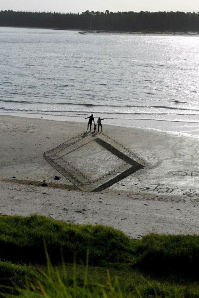 Picturi 3D pe nisip, de Jamie Harkins - Poza 4