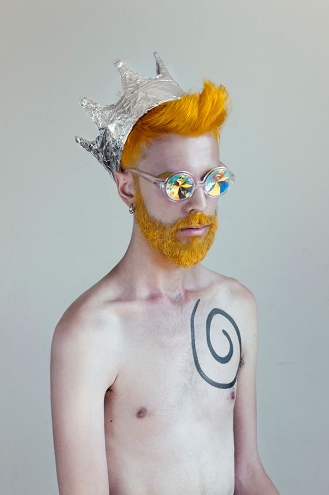 Portrete suprarealiste cu prietenii, de Jon Jacobsen - Poza 5