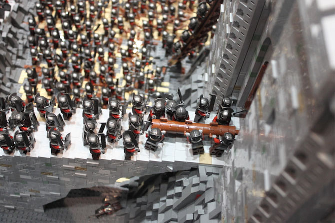 Lord of the Rings din 150.000 de piese LEGO - Poza 3
