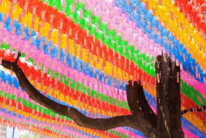 Lampioane colorate in Coreea, de ziua lui Buddha - Poza 1