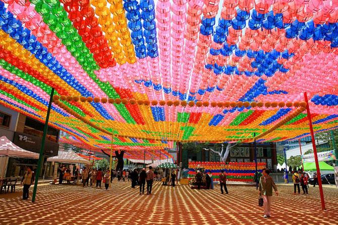 Lampioane colorate in Coreea, de ziua lui Buddha - Poza 3
