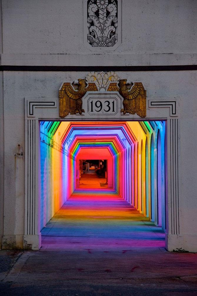 Milioane de culori intr-un pasaj din Birmingham - Poza 1