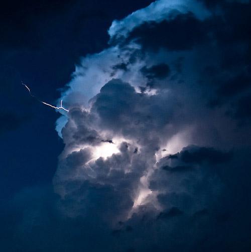 Sa fie lumina! Sau fulgere... - Poza 14