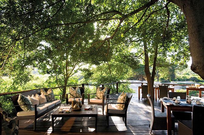 Safari sub cerul liber, intr-o statiune luxoasa din Africa de Sud - Poza 8