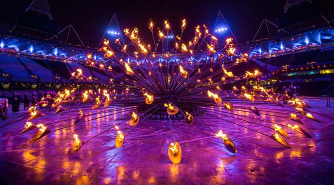 Cazanul Flacarii Olimpice - Papadia lui Thomas Heatherwick - Poza 2
