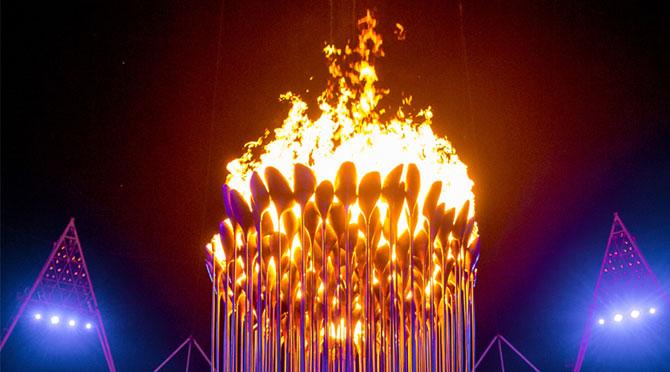 Cazanul Flacarii Olimpice - Papadia lui Thomas Heatherwick - Poza 5