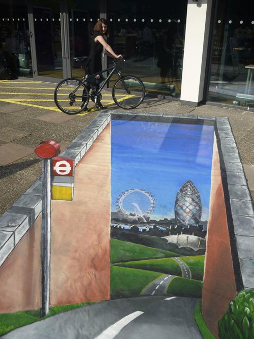 25 de desene 3D pe asfalt - Poza 16