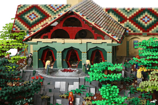 Rivendell din Lord of the Rings, din 200,000 de piese LEGO - Poza 4