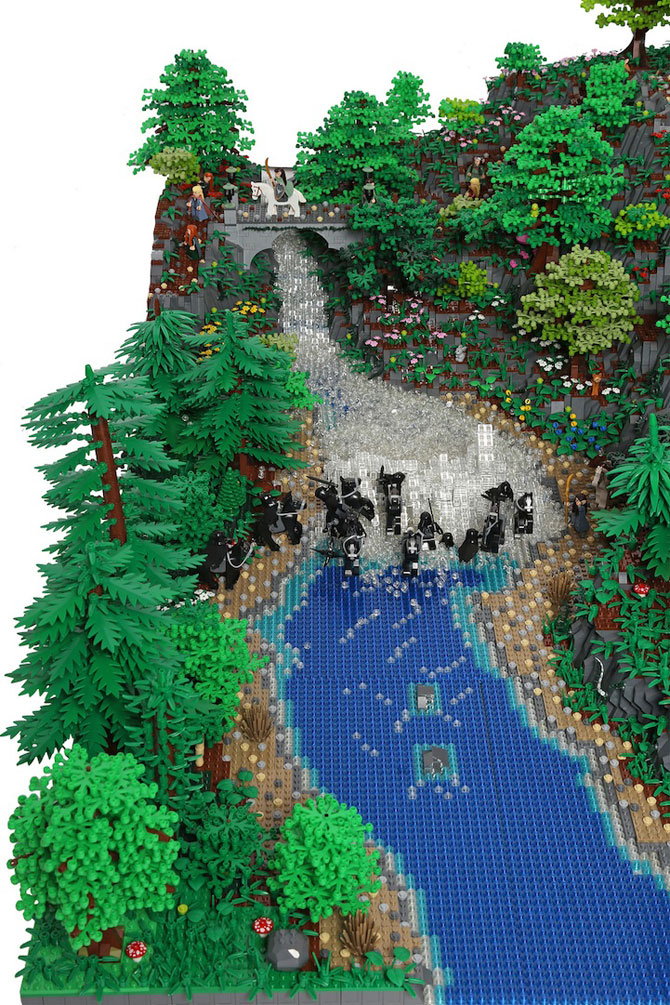 Rivendell din Lord of the Rings, din 200,000 de piese LEGO - Poza 6