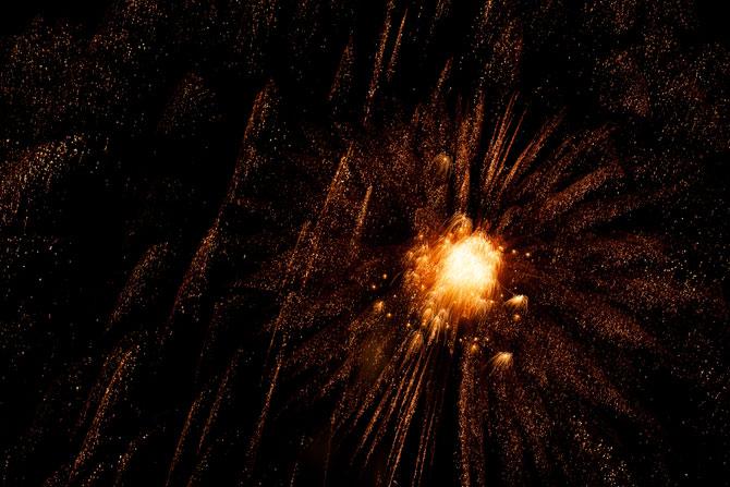 Explozii pe cer de Nick Pacione - Poza 5