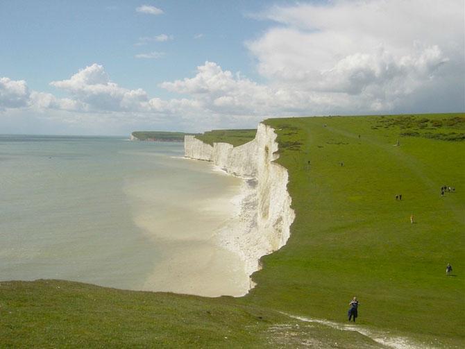 Stancile albe ale Angliei - Poza 2