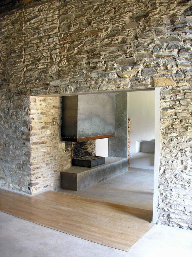 Ferma de piatra, transformata in vila de vis in Spania - Poza 3