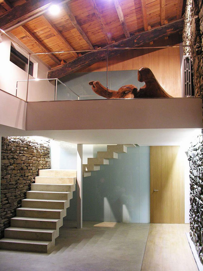 Ferma de piatra, transformata in vila de vis in Spania - Poza 4