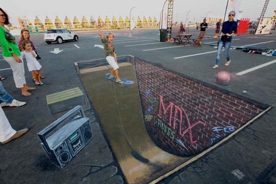 25 de desene 3D pe asfalt - Poza 17