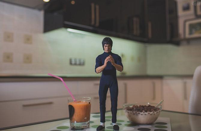 Bruce Lee pregateste un mic-dejun sanatos - Poza 7