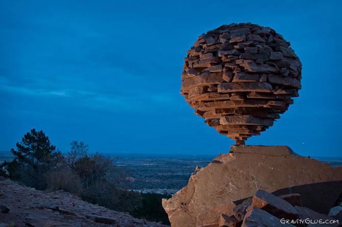 Echilibristica pietrelor, de Michael Grab - Poza 1