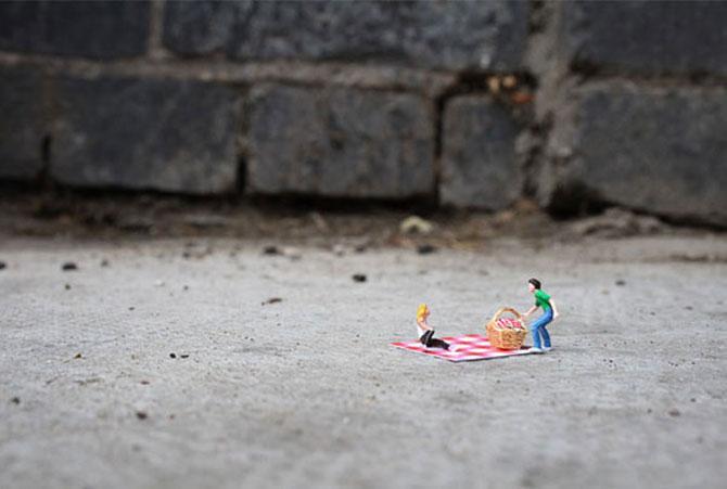 Atentie unde calci! Slinkachu invadeaza Londra - Poza 16