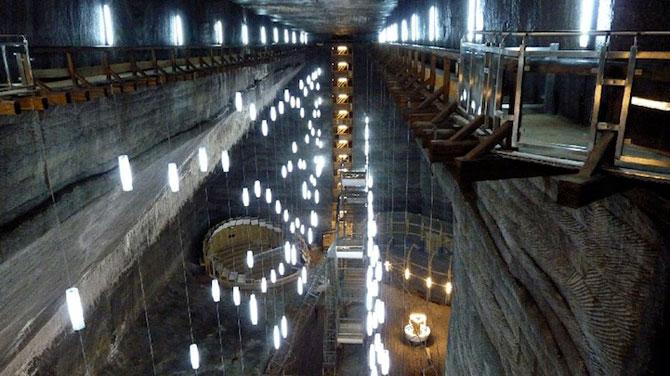 Salina Turda, cel mai mare muzeu al sarii din lume - Poza 9