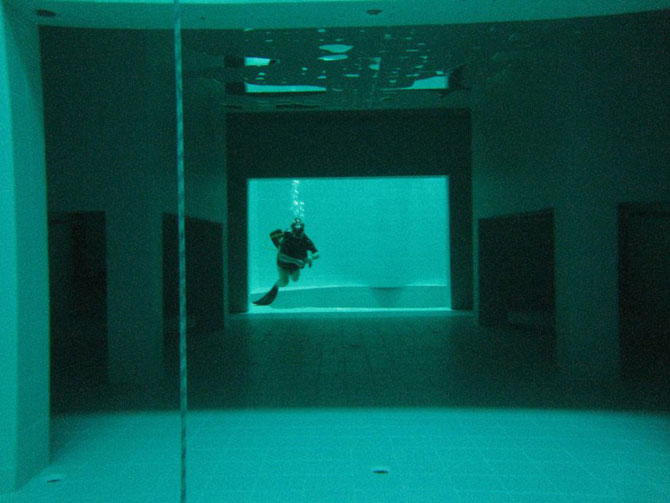 Nemo 33, cea mai adanca piscina din lume - Poza 4