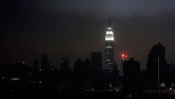 Uraganul Sandy a cufundat New Yorkul in bezna - Poza 8