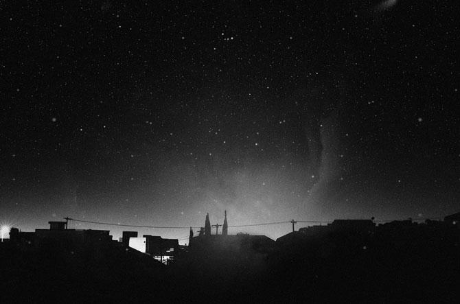Ceruri sumbre si sublime, de Nydia Lilian - Poza 1