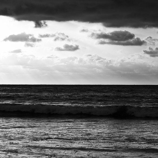 Ceruri sumbre si sublime, de Nydia Lilian - Poza 10