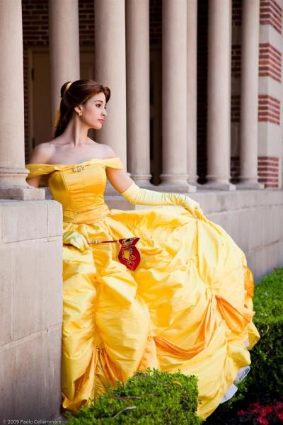 10 modele care seamana cu printesele Disney