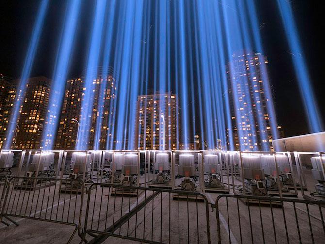 In memoriam luminos pentru 11 septembrie - Poza 2
