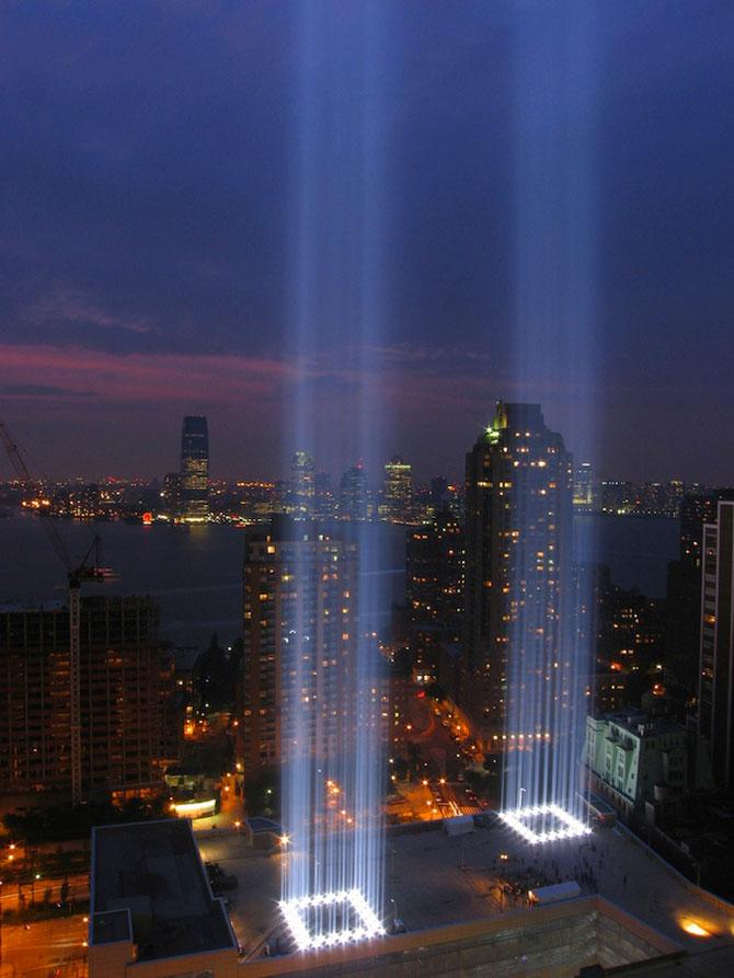 In memoriam luminos pentru 11 septembrie - Poza 4