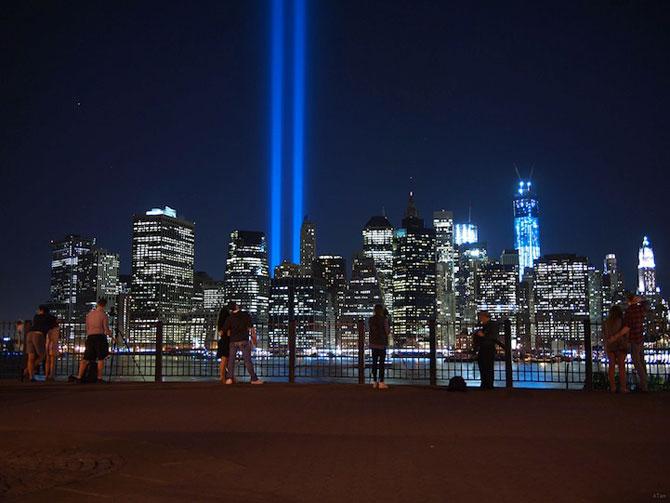 In memoriam luminos pentru 11 septembrie - Poza 7