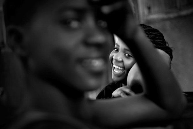 Povestea orfanilor dansatori din Uganda, spusa de Doug Menuez - Poza 7