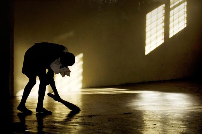 Povestea orfanilor dansatori din Uganda, spusa de Doug Menuez - Poza 10