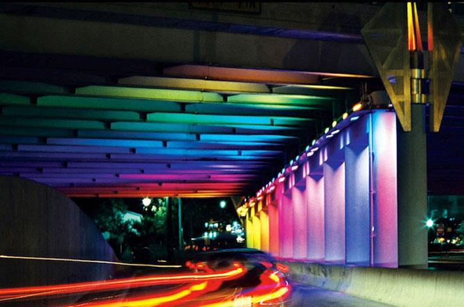 Pasaje subterane in culorile curcubeului - Texas, SUA - Poza 1