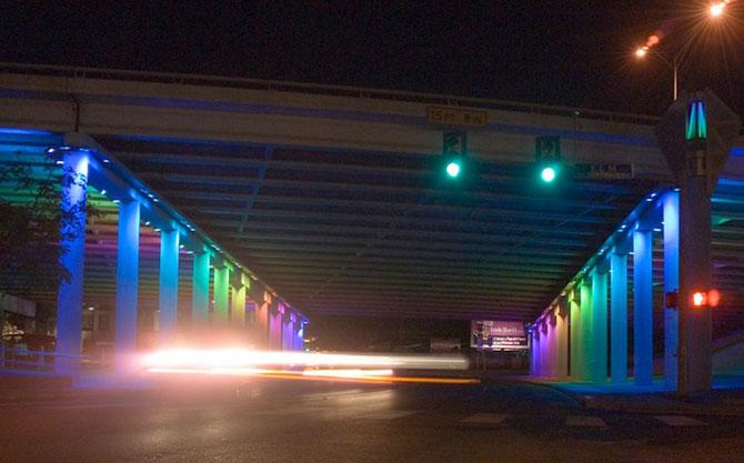 Pasaje subterane in culorile curcubeului - Texas, SUA - Poza 2