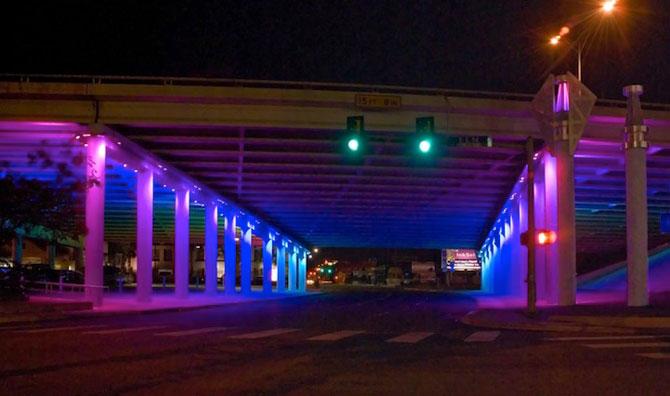 Pasaje subterane in culorile curcubeului - Texas, SUA - Poza 3