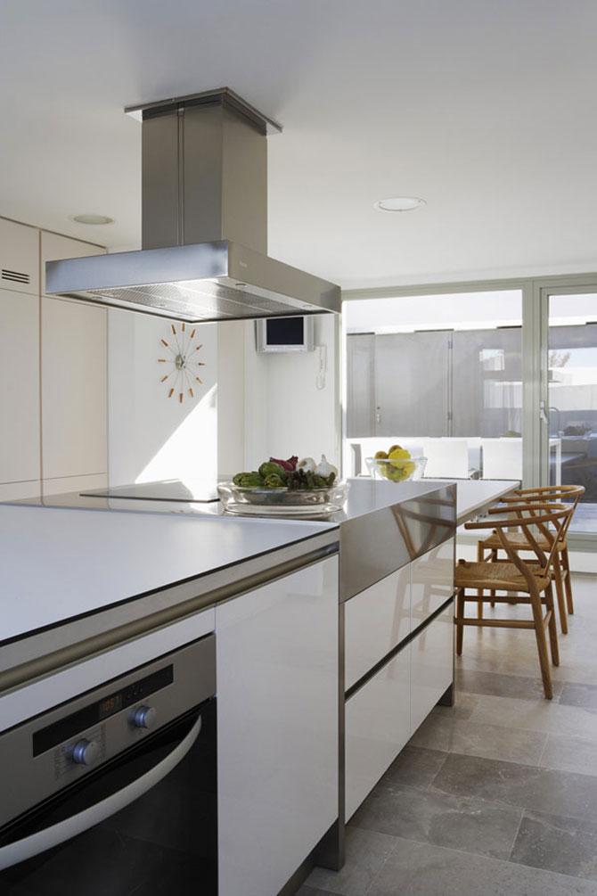 Eleganta simpla pe doua nivele - Penthouse la Madrid - Poza 5