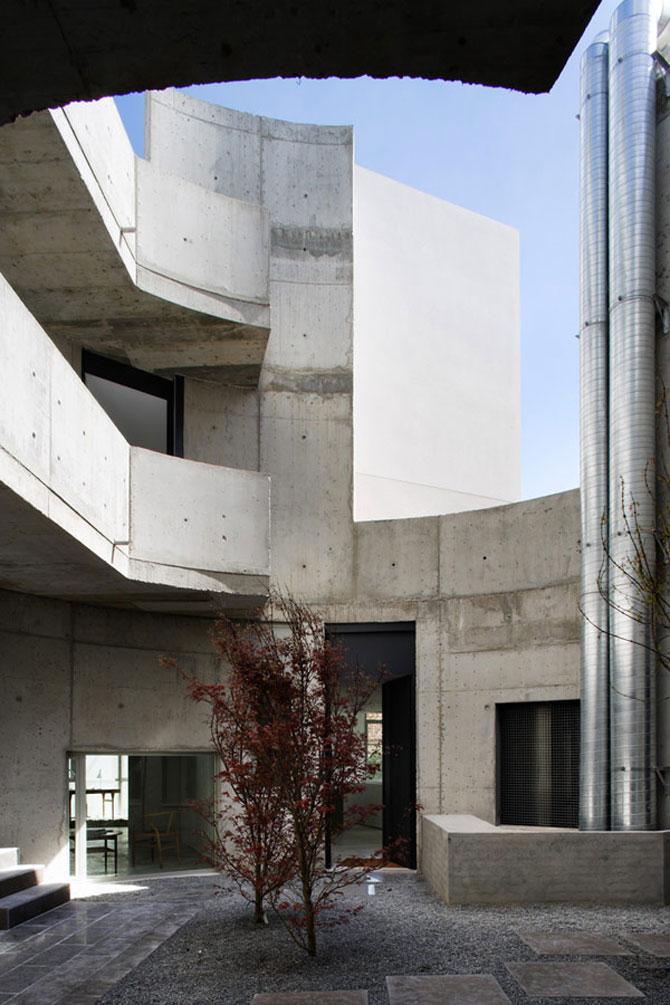 Eleganta simpla pe doua nivele - Penthouse la Madrid - Poza 10