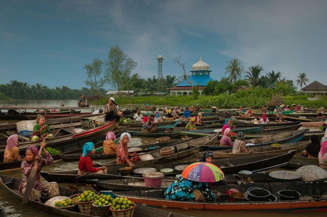 Fotografii Indonezia Suhari Minggu Ningsih