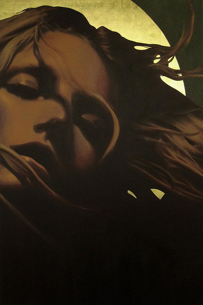 Femeia poleita in aur de 22k - Poza 9