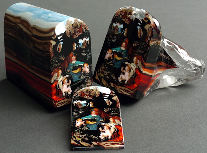 Loren Stump picteaza in sticla feliata - Poza 1