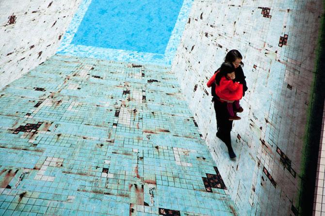 Iluzia optica a unei piscine, de Jeroen Bisscheroux - Poza 4